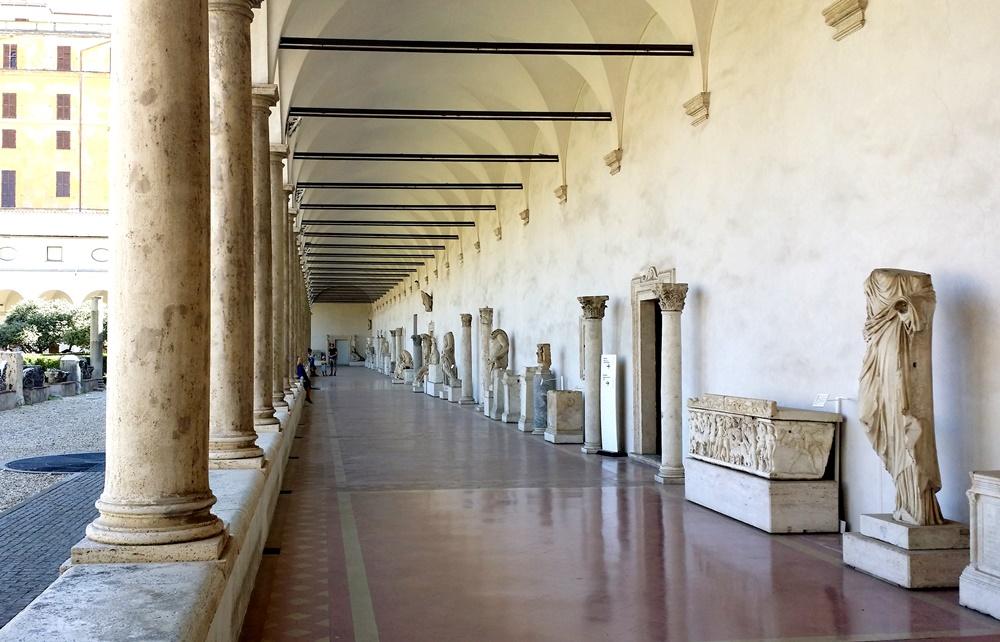 ミケランジェロの回廊