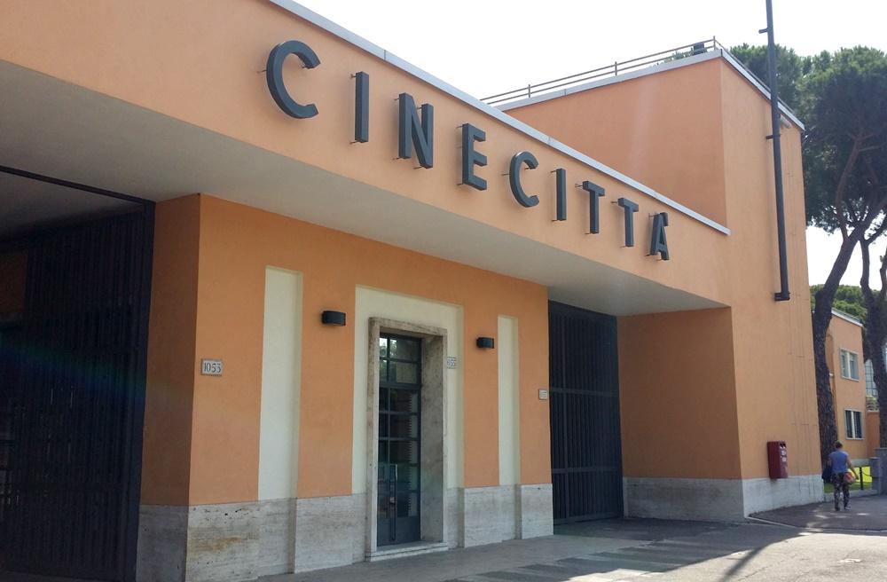 チネチッタ撮影所入口