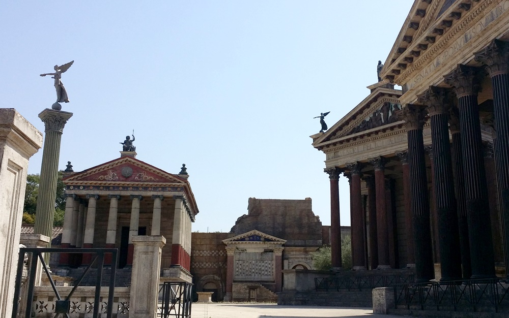 BBCドラマの「ローマ」の撮影セット